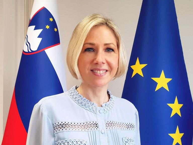 Nina Seljak.jpg